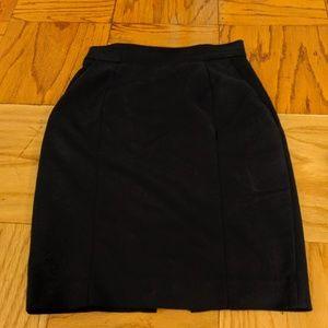 Dark blue pencil skirt with pockets
